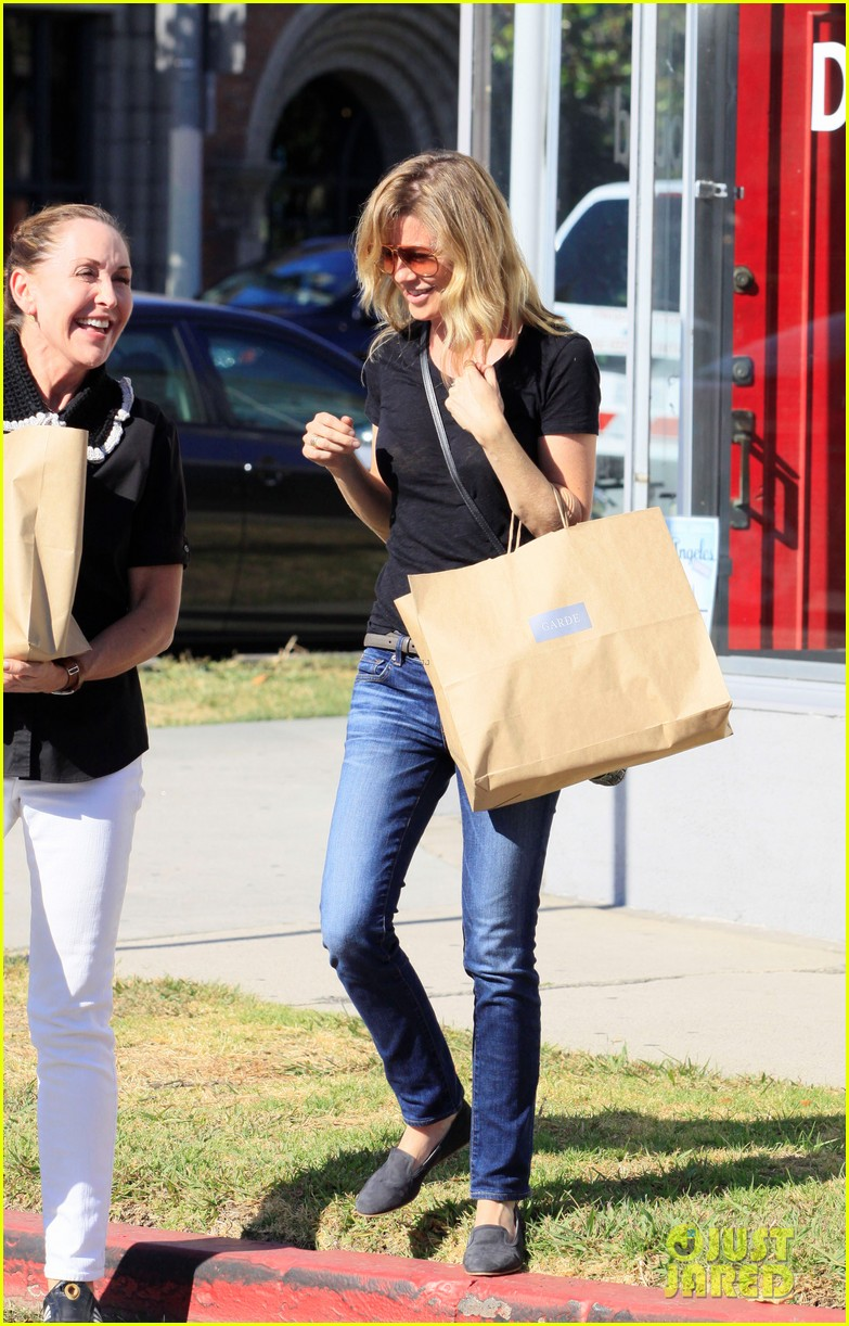ellen pompeo beverly boulevard shopper 02