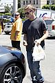 rachel bilson hayden christensen grab lunch 04