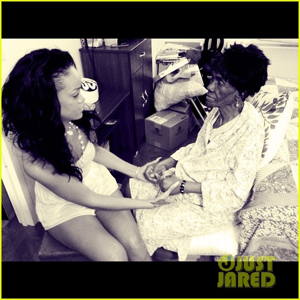 rihanna grandmother passes away 10