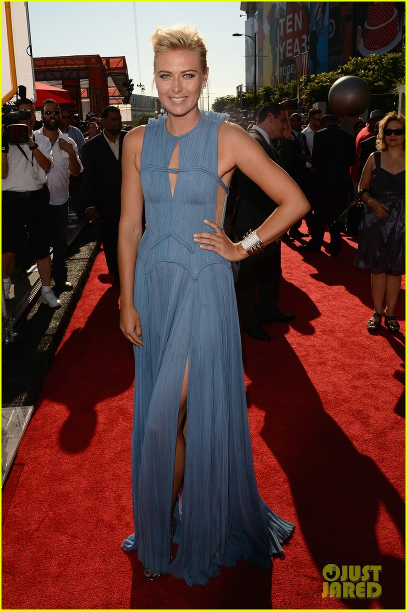 maria sharapova espy awards 2012 red carpet 01