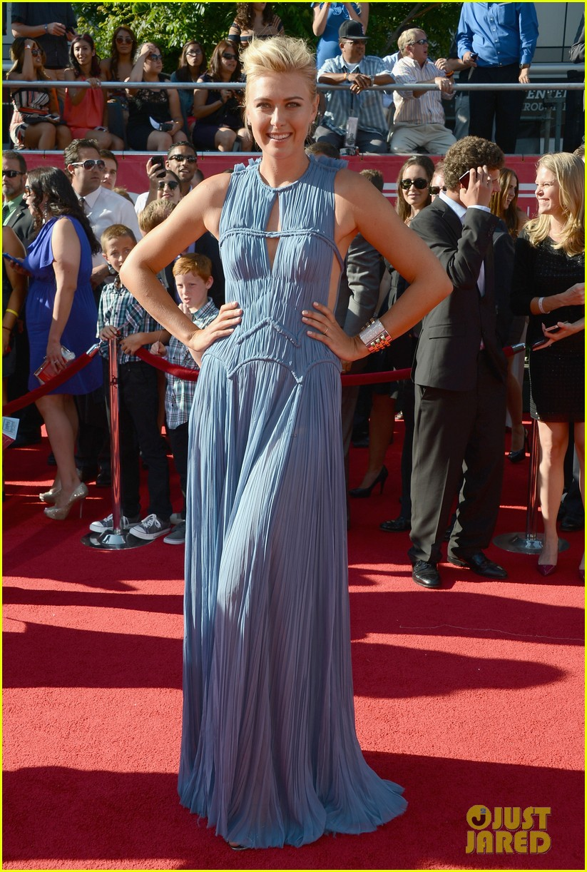 maria sharapova espy awards 2012 red carpet 06