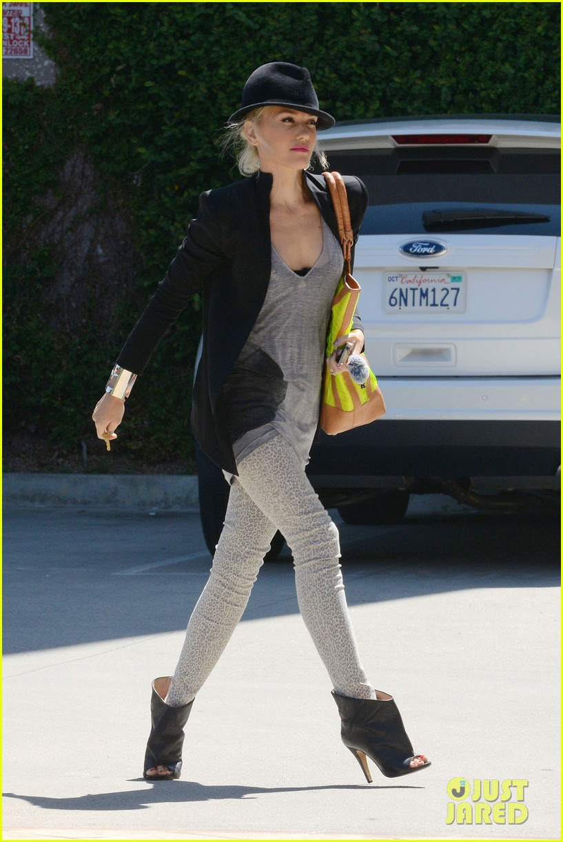 gwen stefani errands with boys 03