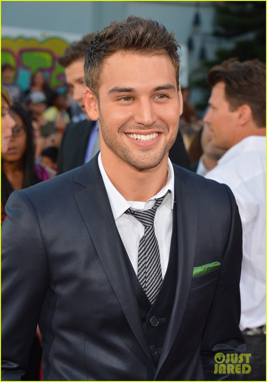 ashley tisdale ryan guzman step up revolution premiere 15