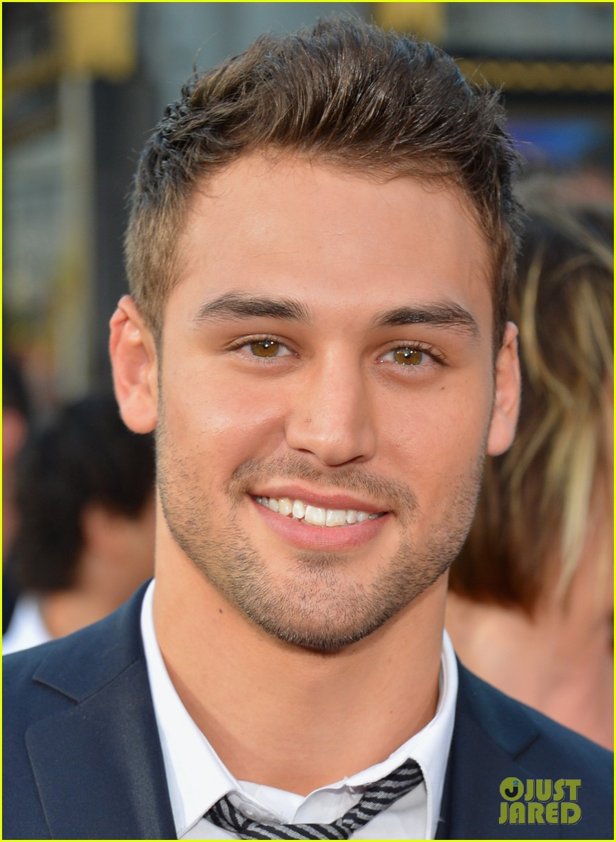 ashley tisdale ryan guzman step up revolution premiere 18