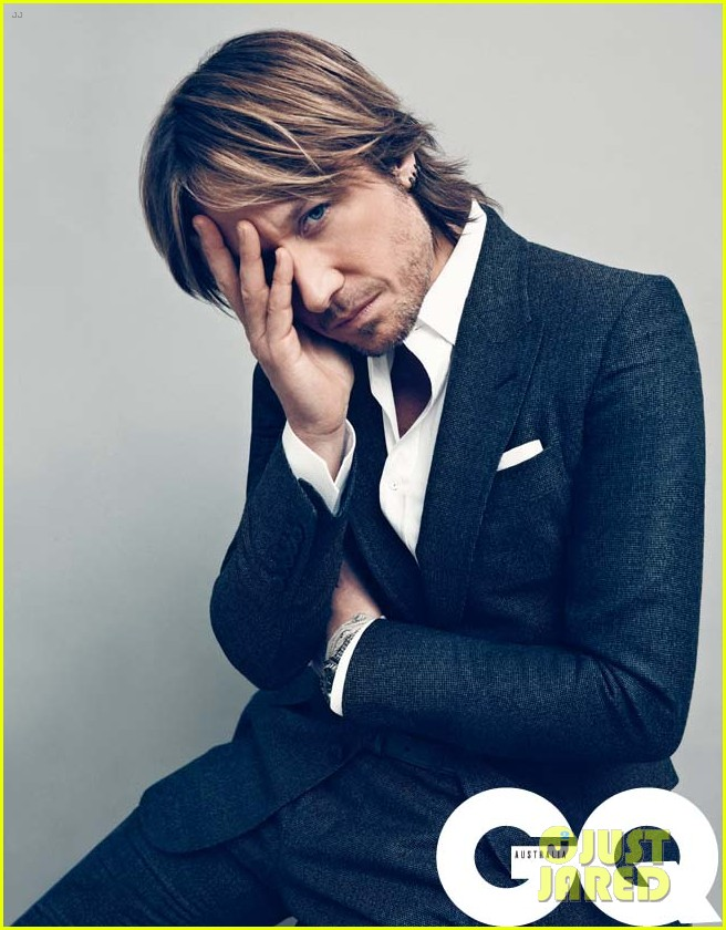 keith urban covers gq australia august 2012 03