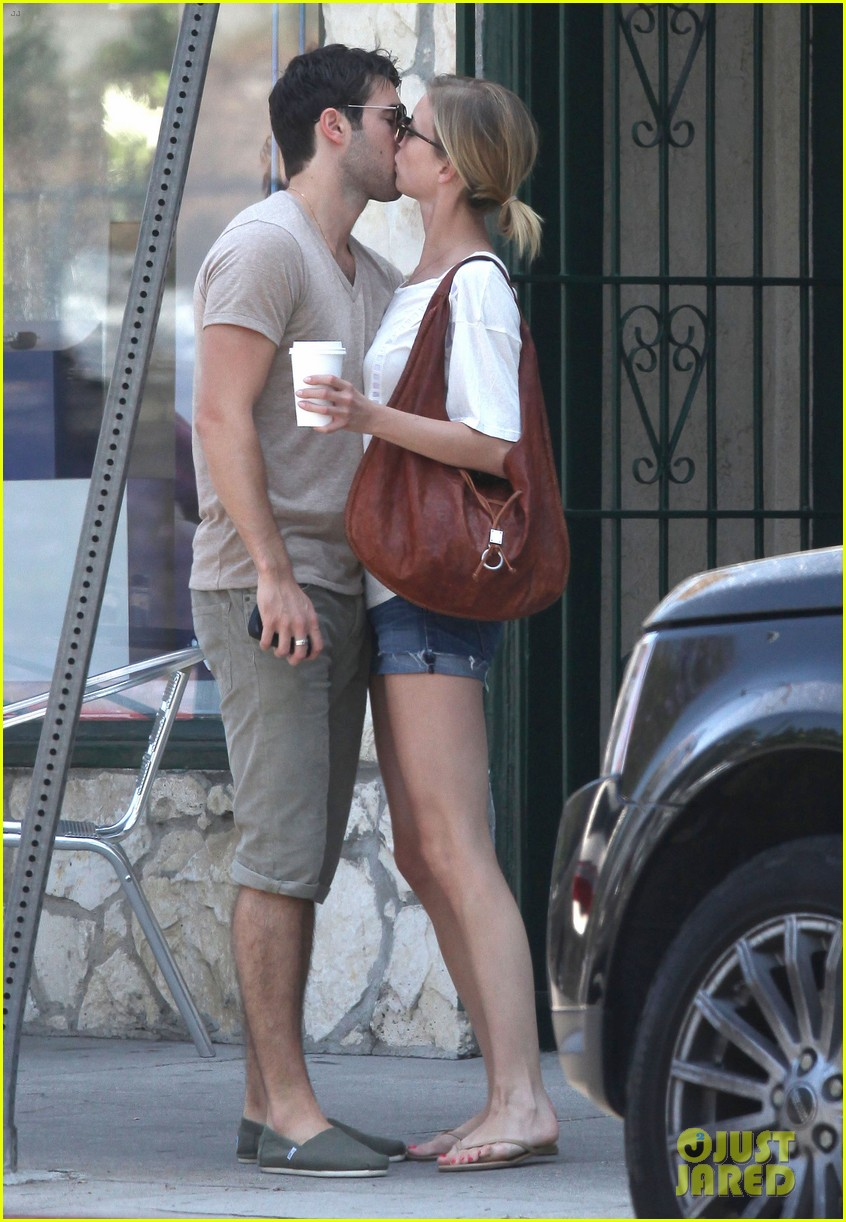 emily vancamp josh bowman little doms lovers 132682757