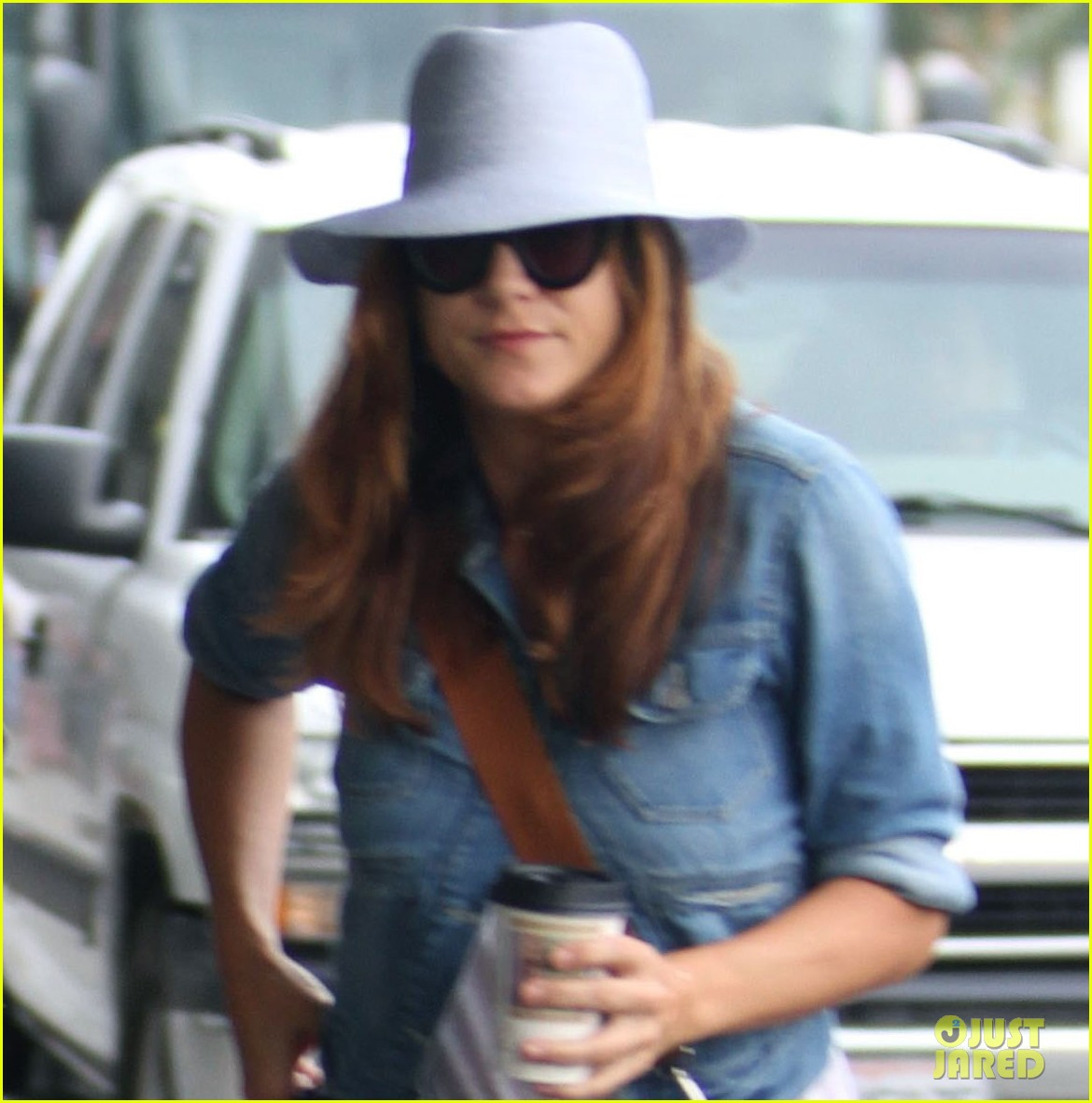 kate walsh airport arrival 10