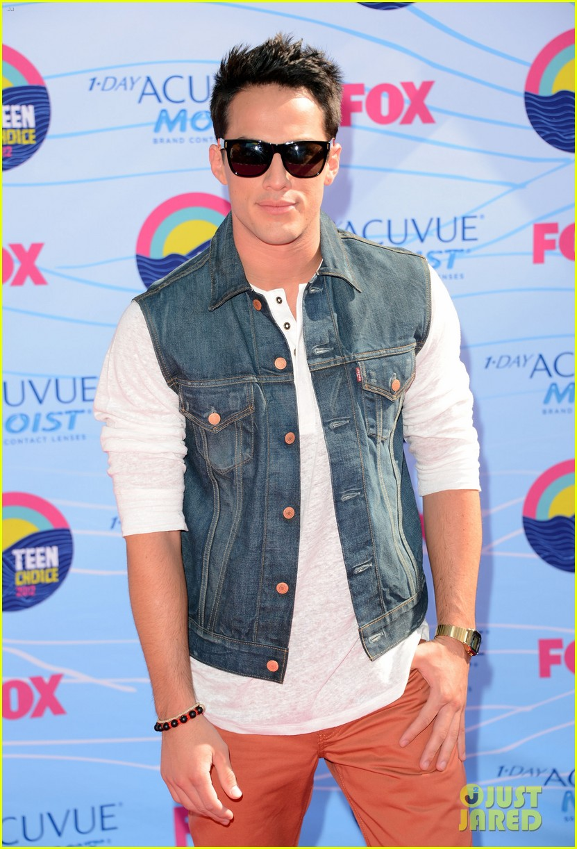 paul wesley candice accola michael trevino teen choice awards 2012 03