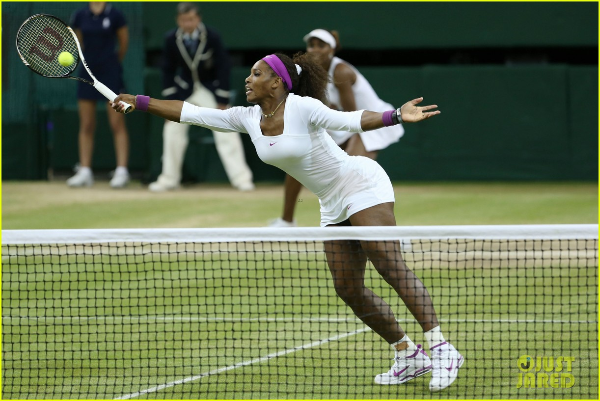 venus serena williams win wimbledon doubles crown 05