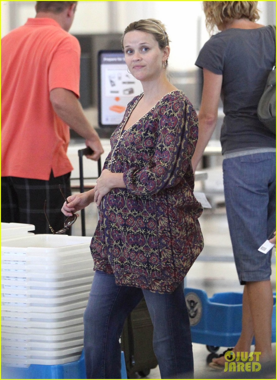 reese witherspoon lax departure 072688013