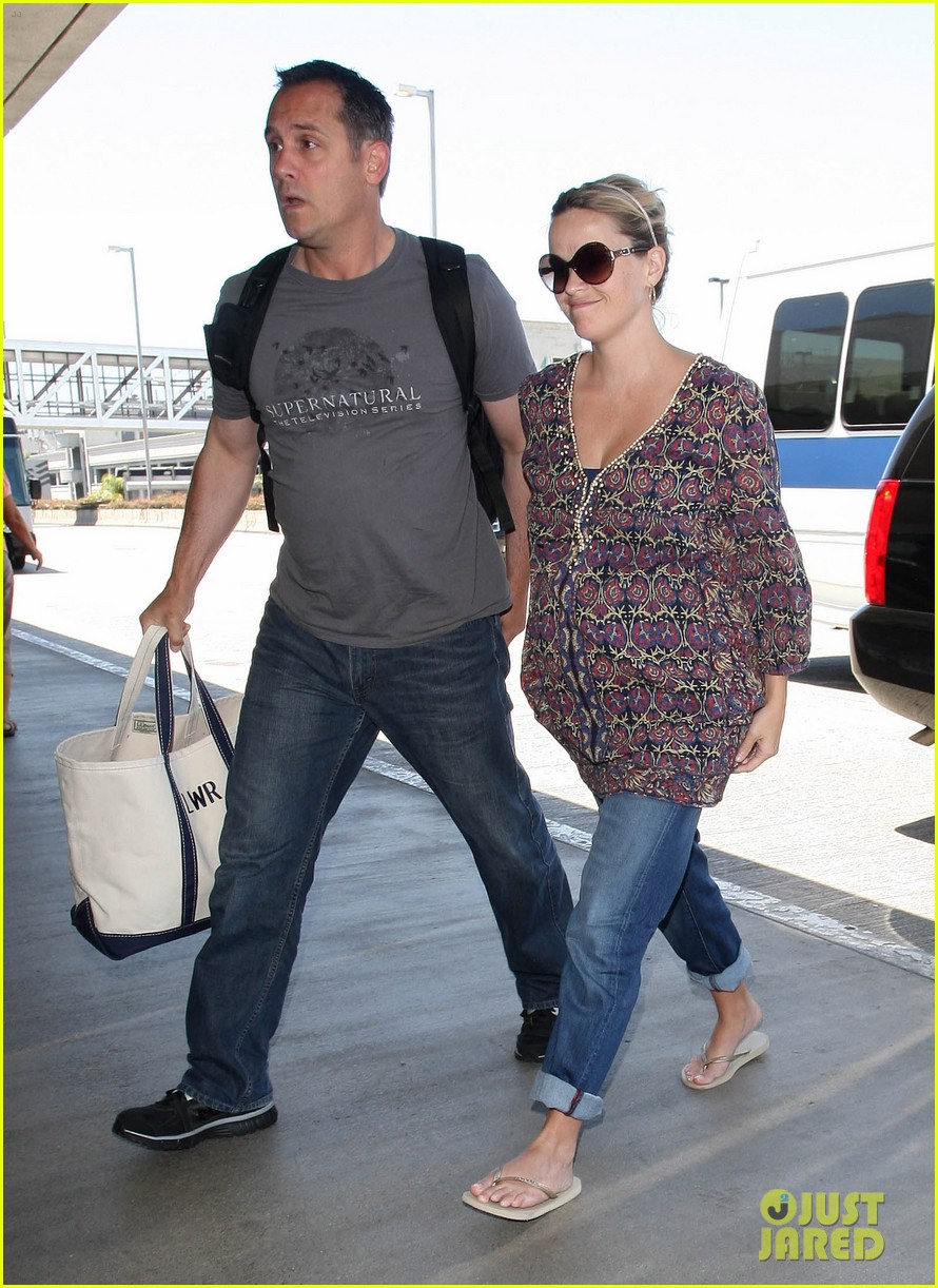 reese witherspoon lax departure 092688015