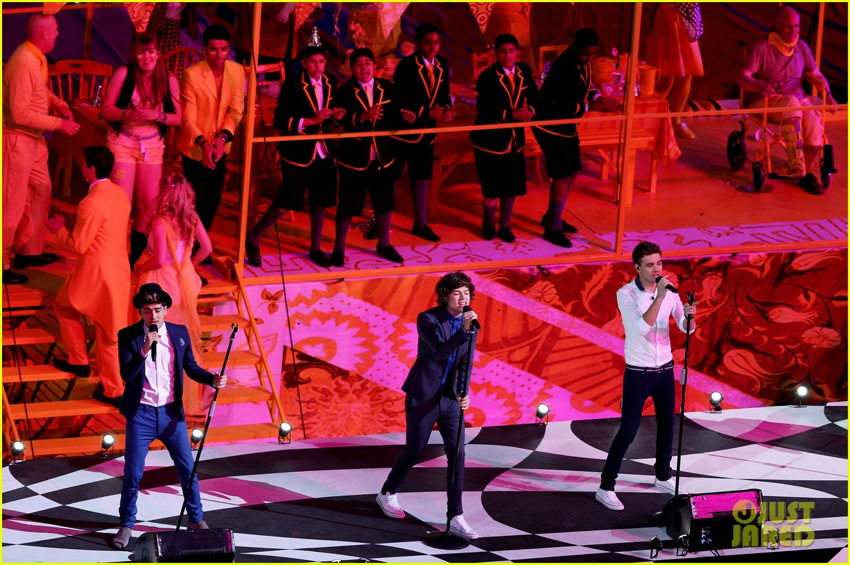 one direction closing ceremony 04