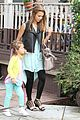 jessica alba lunch with honor 12