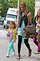 jessica alba lunch with honor 24
