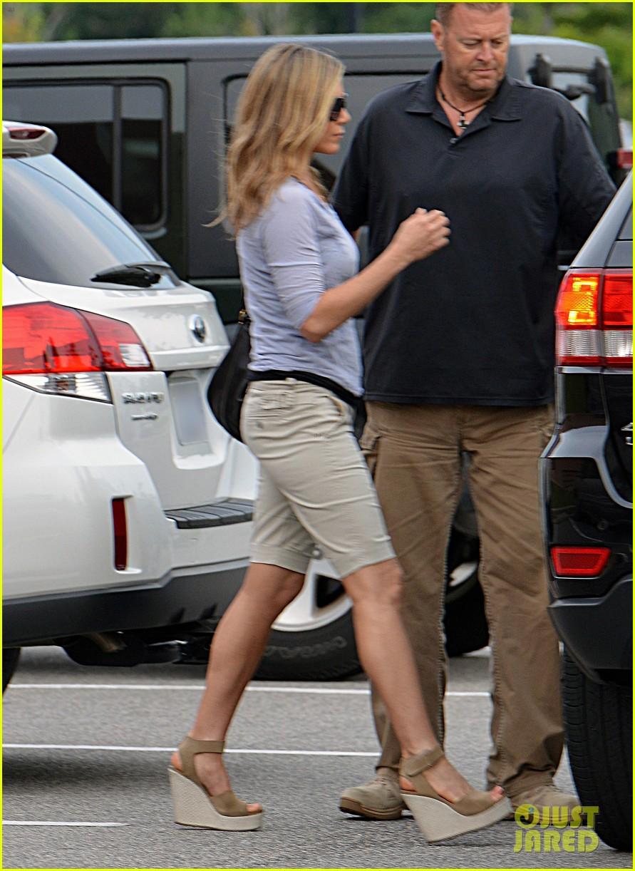 Jennifer Aniston The Campaign Showing Photo 2703940