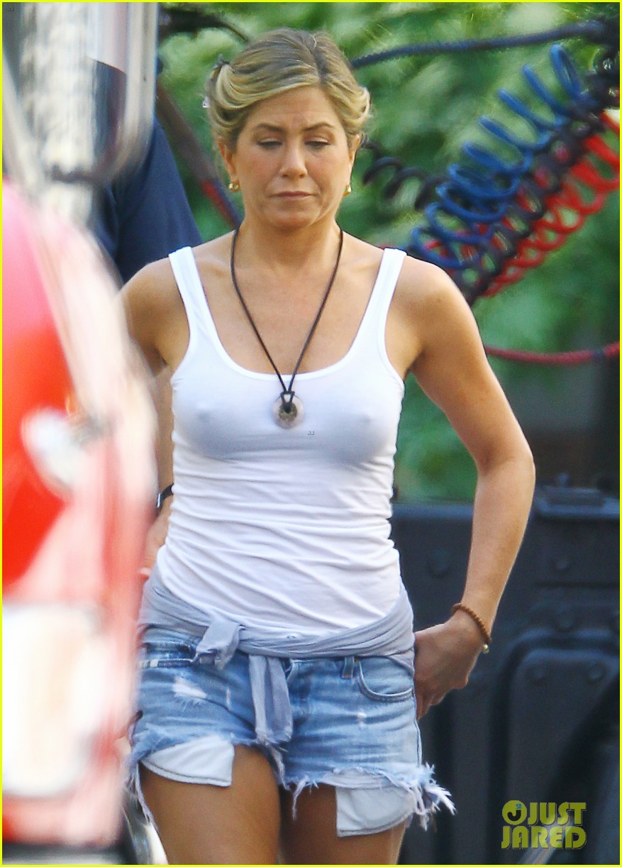 Jennifer Aniston: 'We're The Millers' in Wilmington!