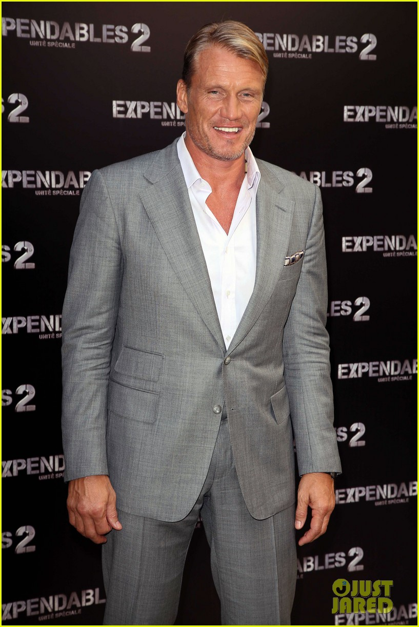 arnold schwarzenegger sylvester stallon expendables 2 paris photo call 08