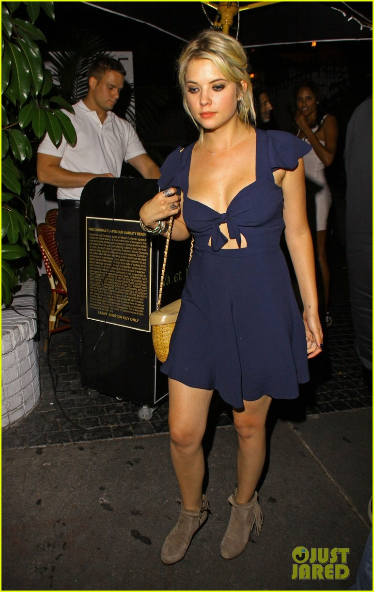 ashley benson chateau marmont exit 05