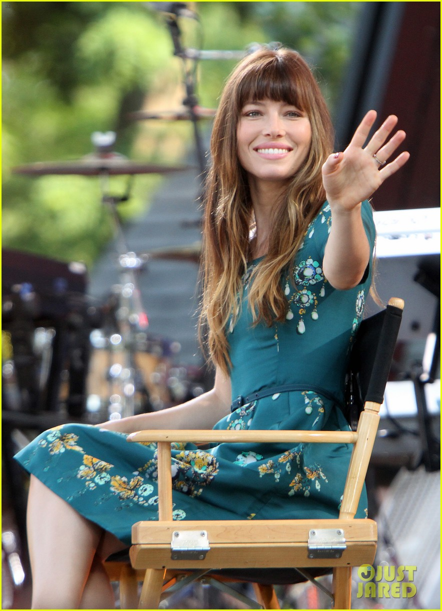 jessica biel total recall in theaters now 02