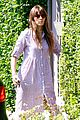 jessica biel leaving friends house 04