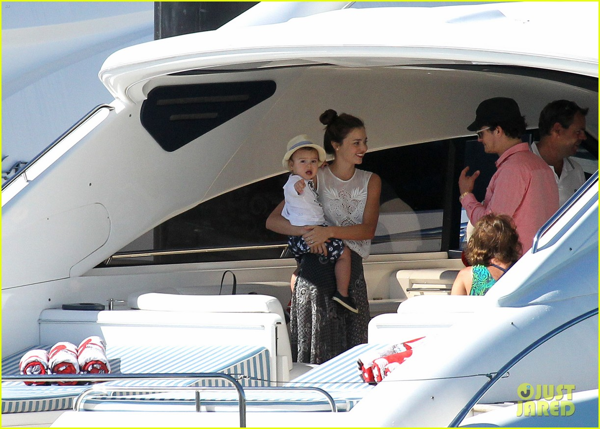 miranda kerr orlando bloom yachting 05