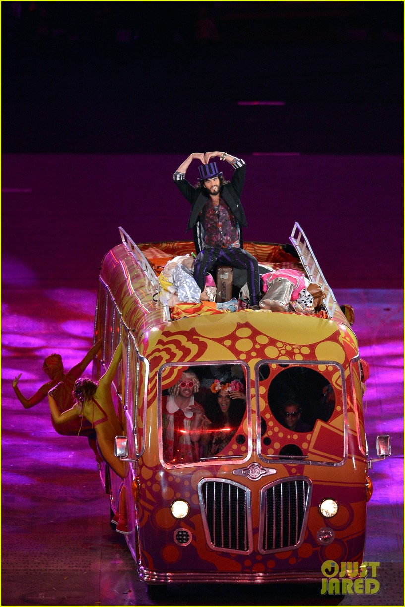 russell brand george michael olympic closing ceremony 01