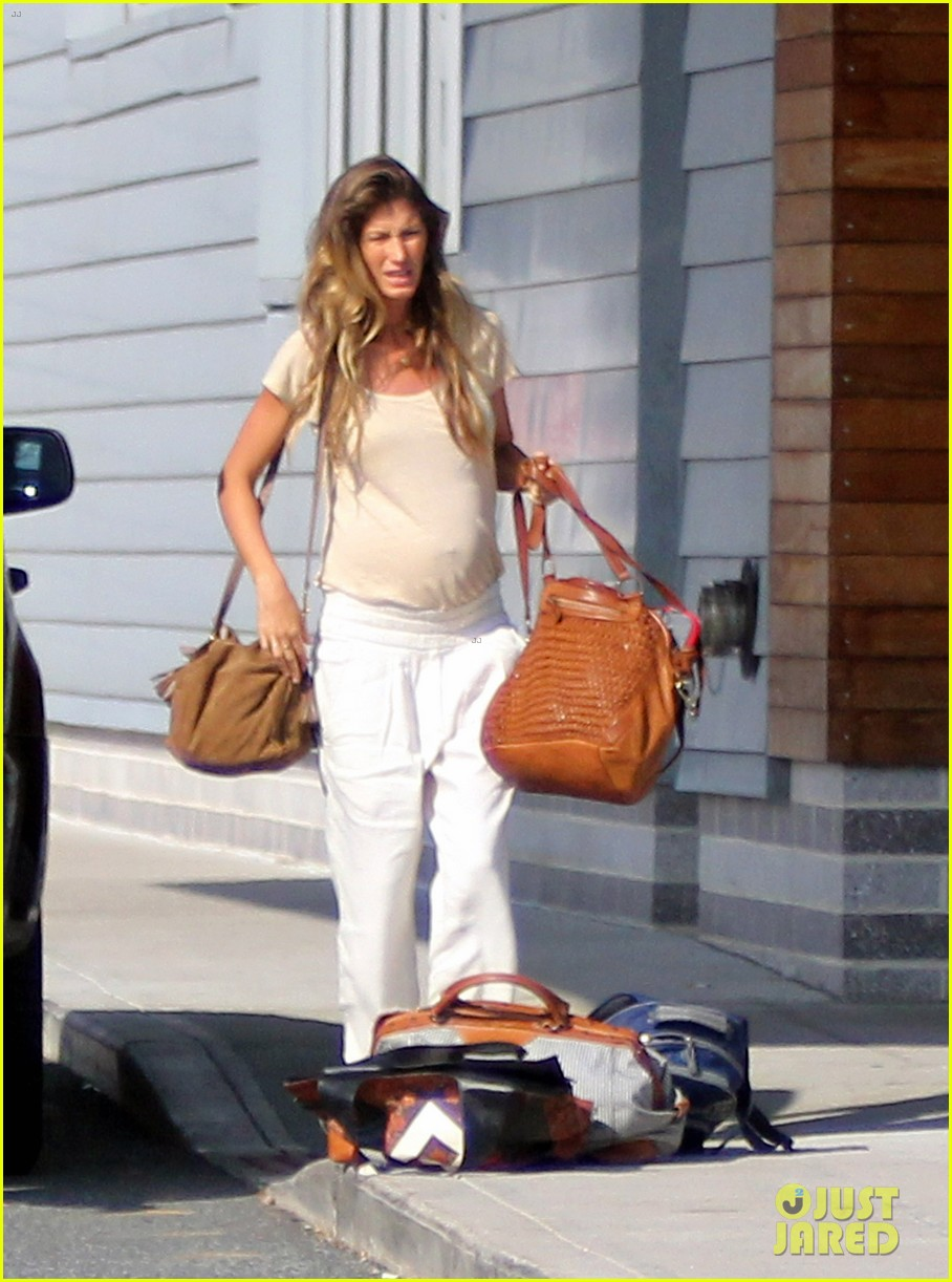 gisele bundchen kids leave tom brady in boston 01