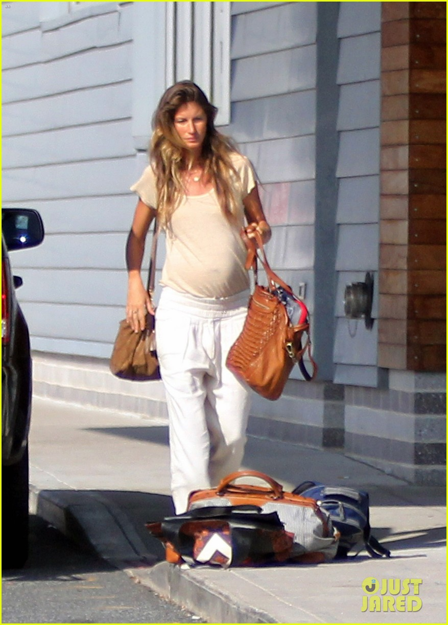 gisele bundchen kids leave tom brady in boston 06