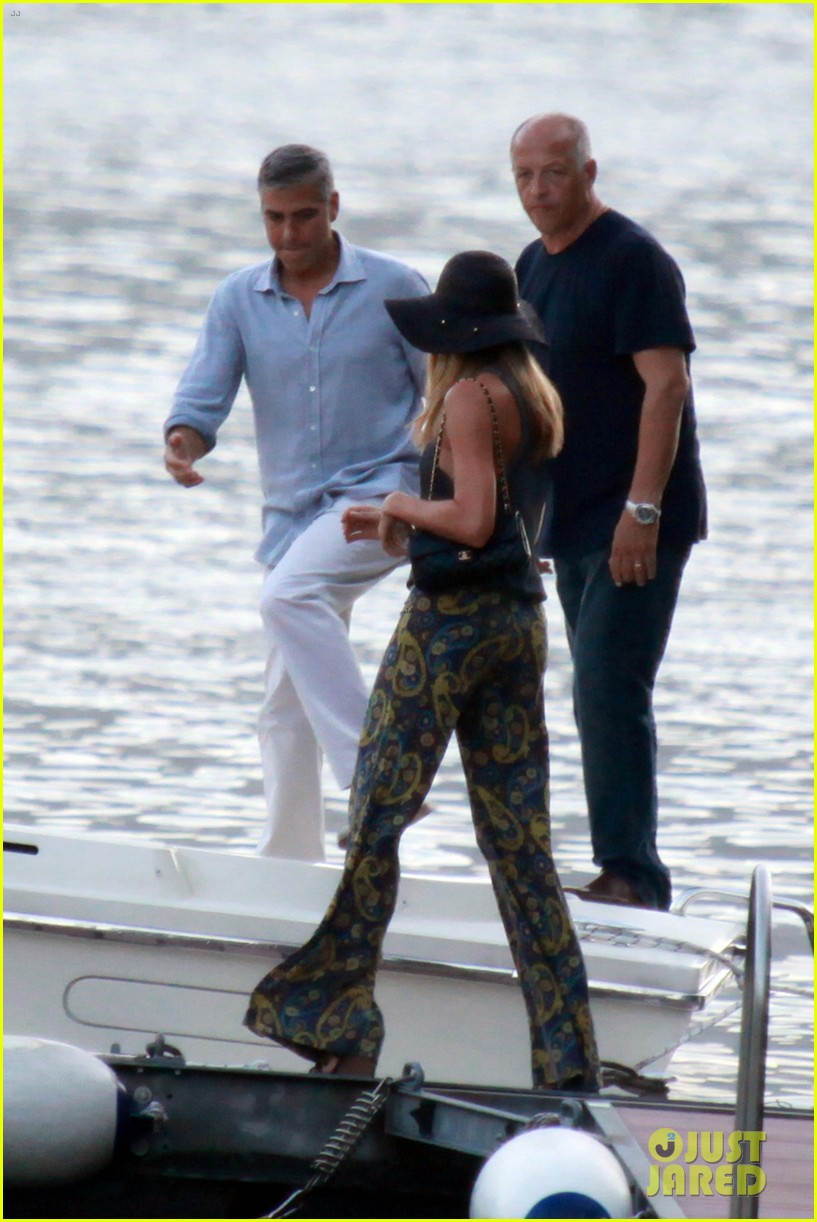 george clooney stacy keibler lake como boat ride 08
