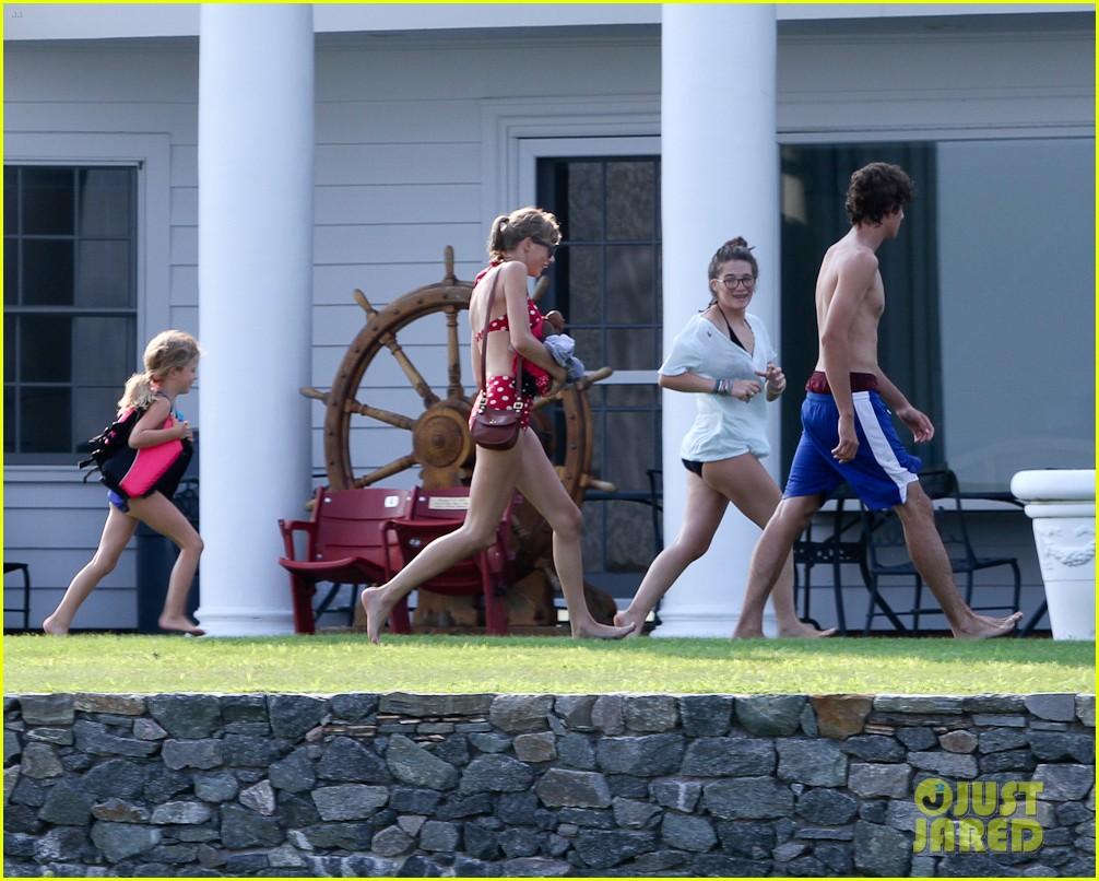 taylor swift bikini conor kennedy shirtless 27