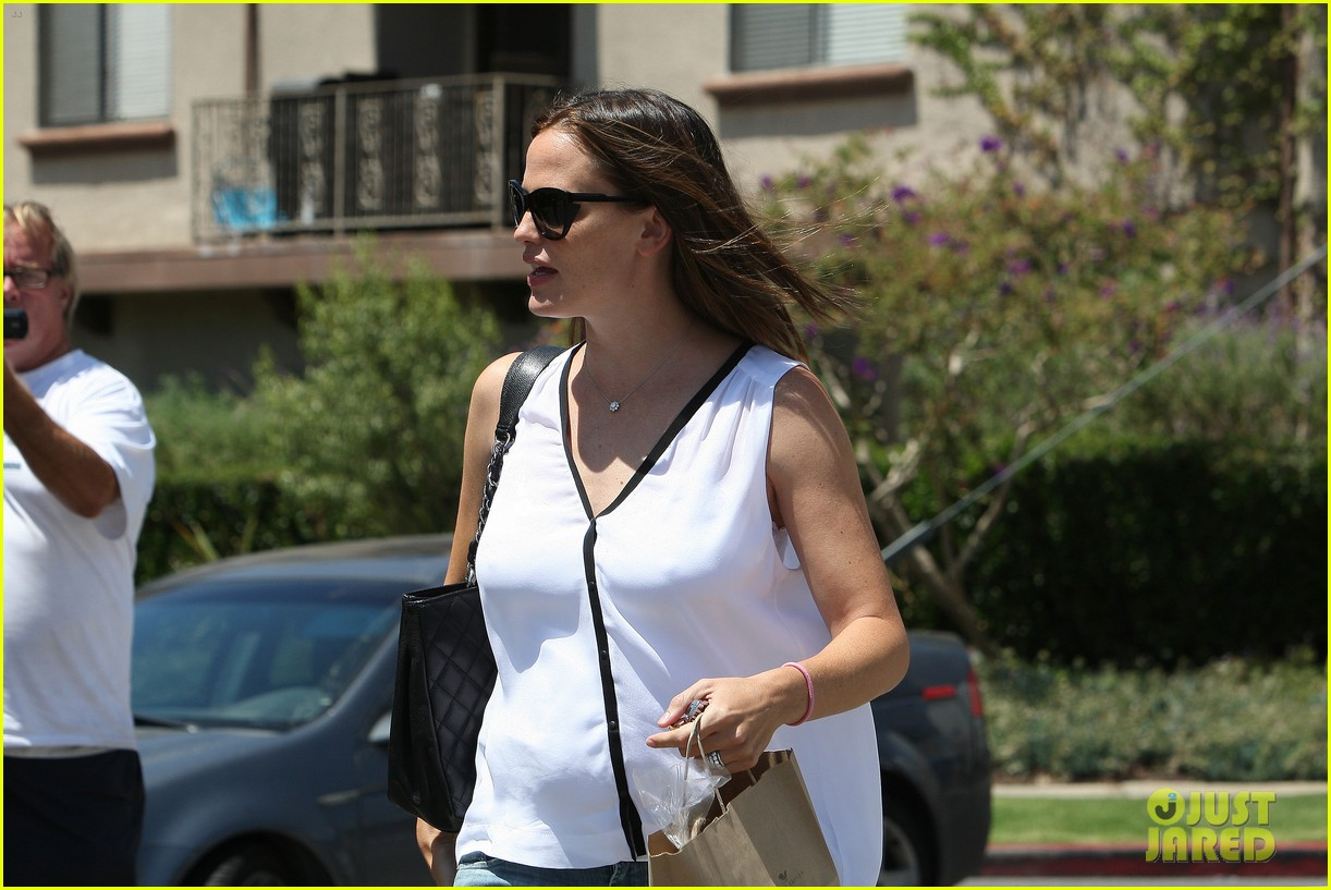 jennifer garner busy mama 07