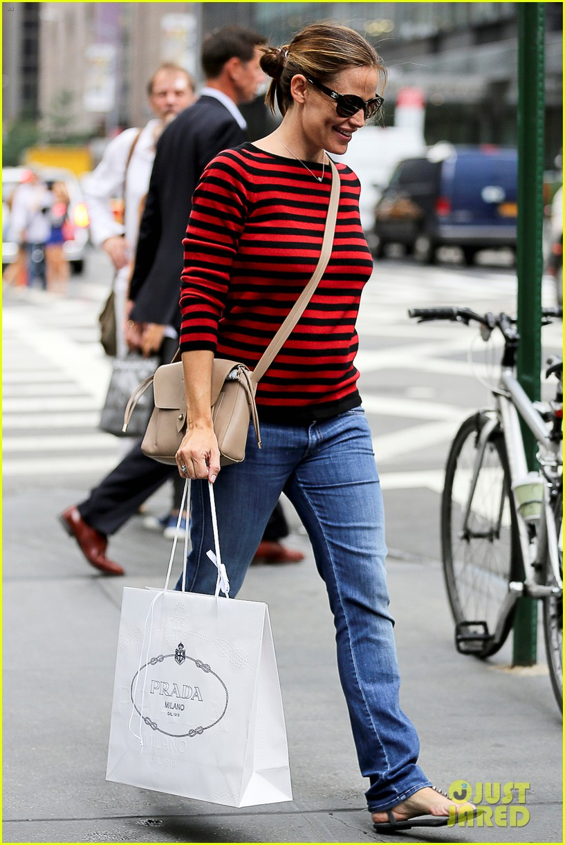 jennifer garner victor garber alias reunion in nyc 312702101