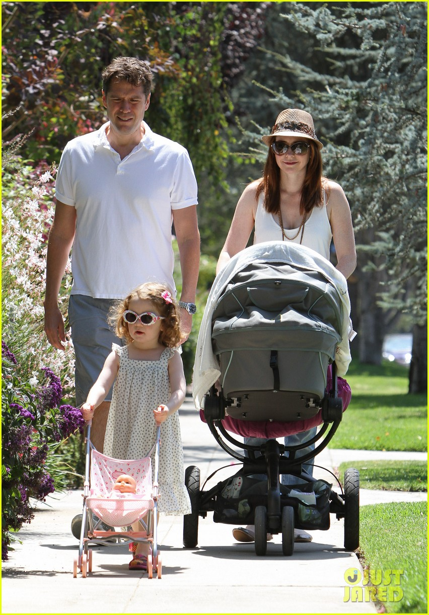 alyson hannigan brentwood family lunch 02