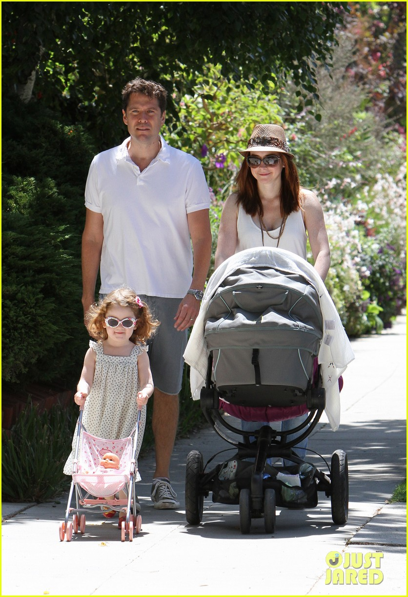 alyson hannigan brentwood family lunch 09