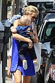 kate hudson brentwood with ryder and baby bingham 02