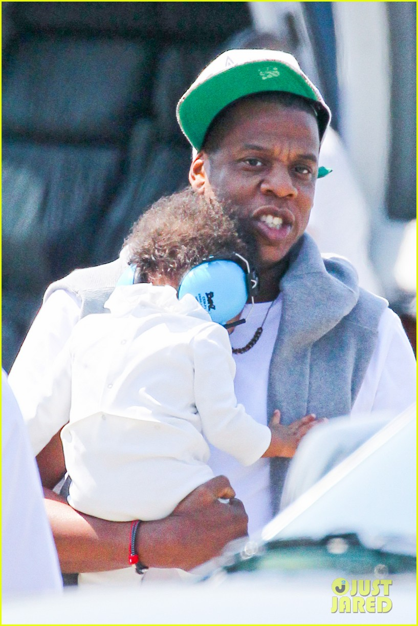 jay z blue ivy carter helicopter ride 19