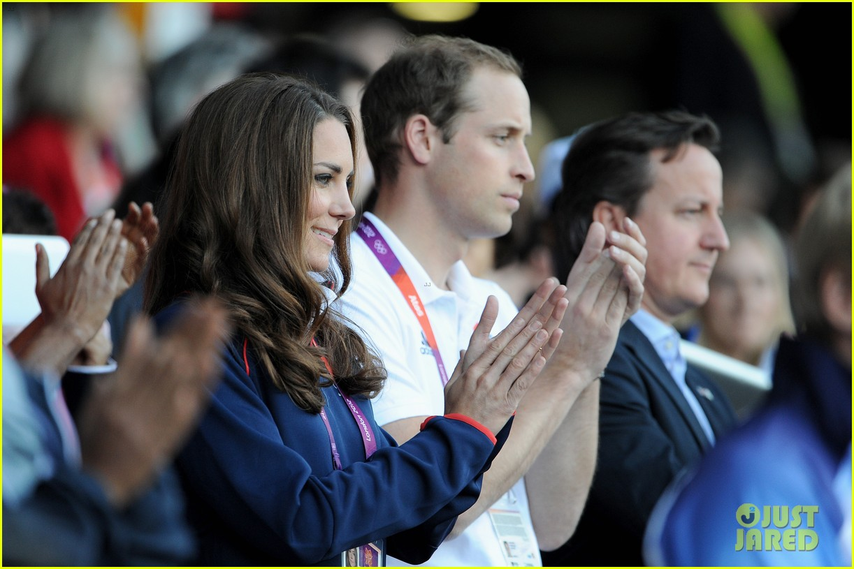 duchess kate olympic spectator 082697395