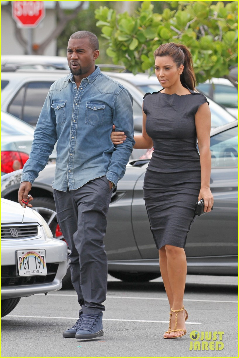 kim kardashian kanye west ice cream stop 01
