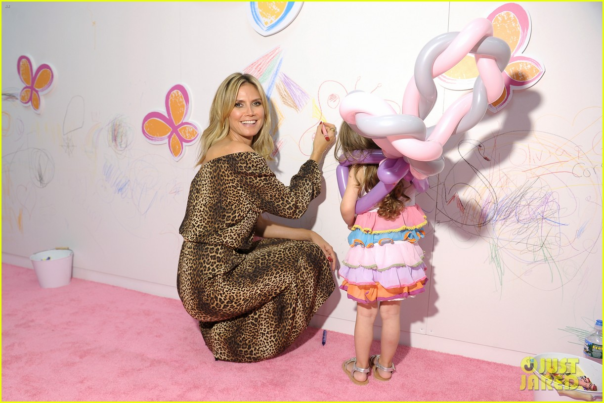 heidi klum launches truly scrumptious for babies r us 04