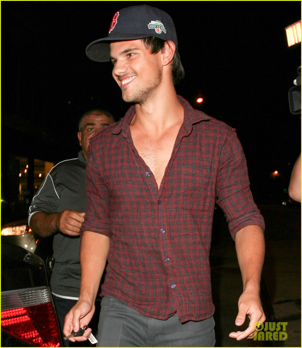 taylor lautner brooklyn dodgers fan 042711810