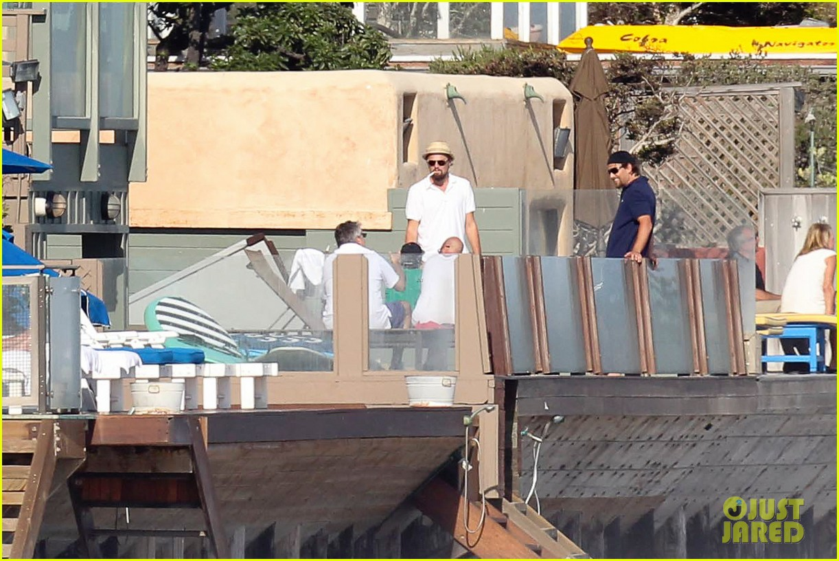 leonardo dicaprio malibu beach house with pals 14