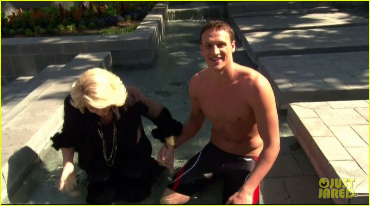 ryan lochte goes shirtless on fashion police 05
