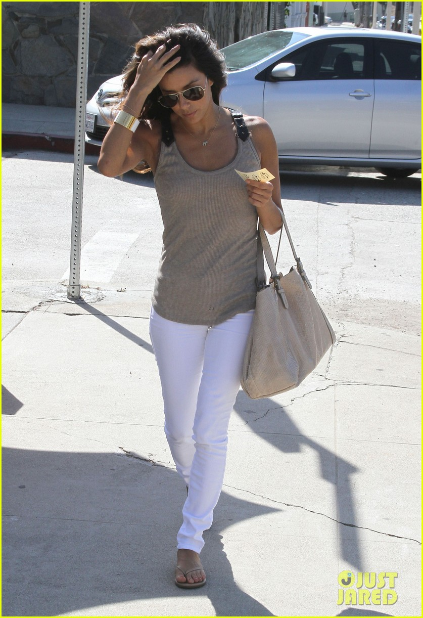 eva longoria salon stop in studio city 10