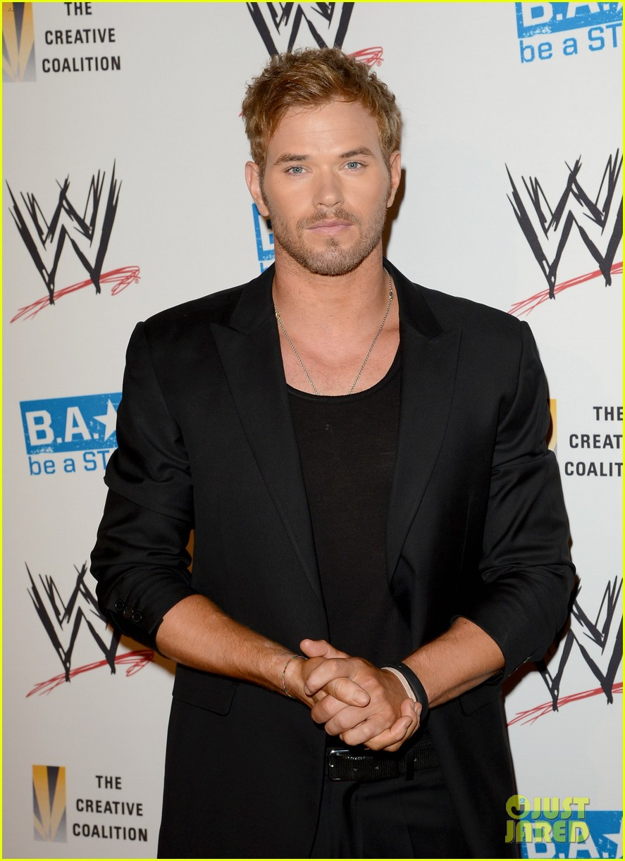 kellan lutz wwe summerslam kick off party 07