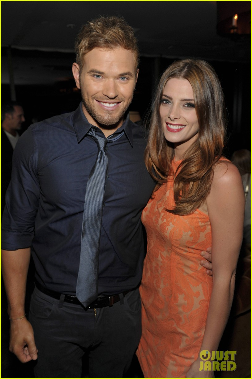 ashley greene kellan lutz zooka party pair 05