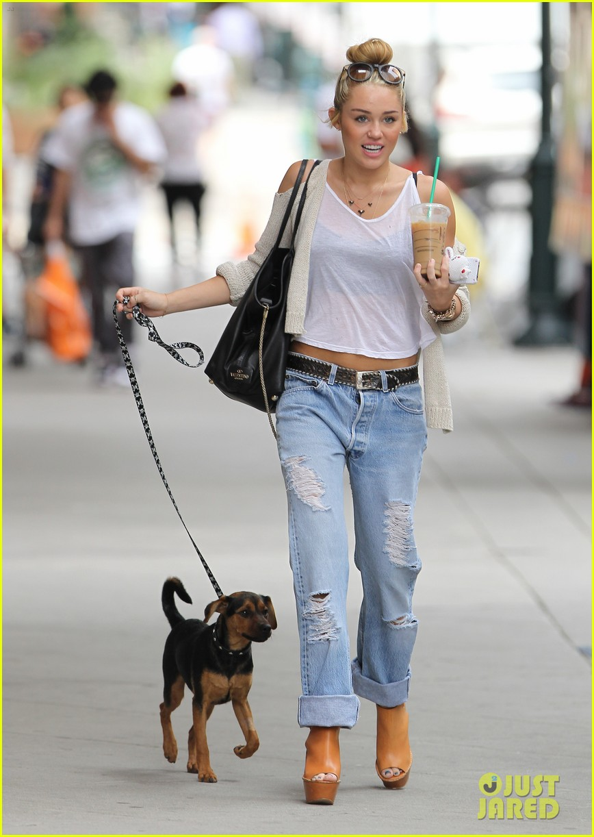miley cyrus liam hemsworth filming in philly 02