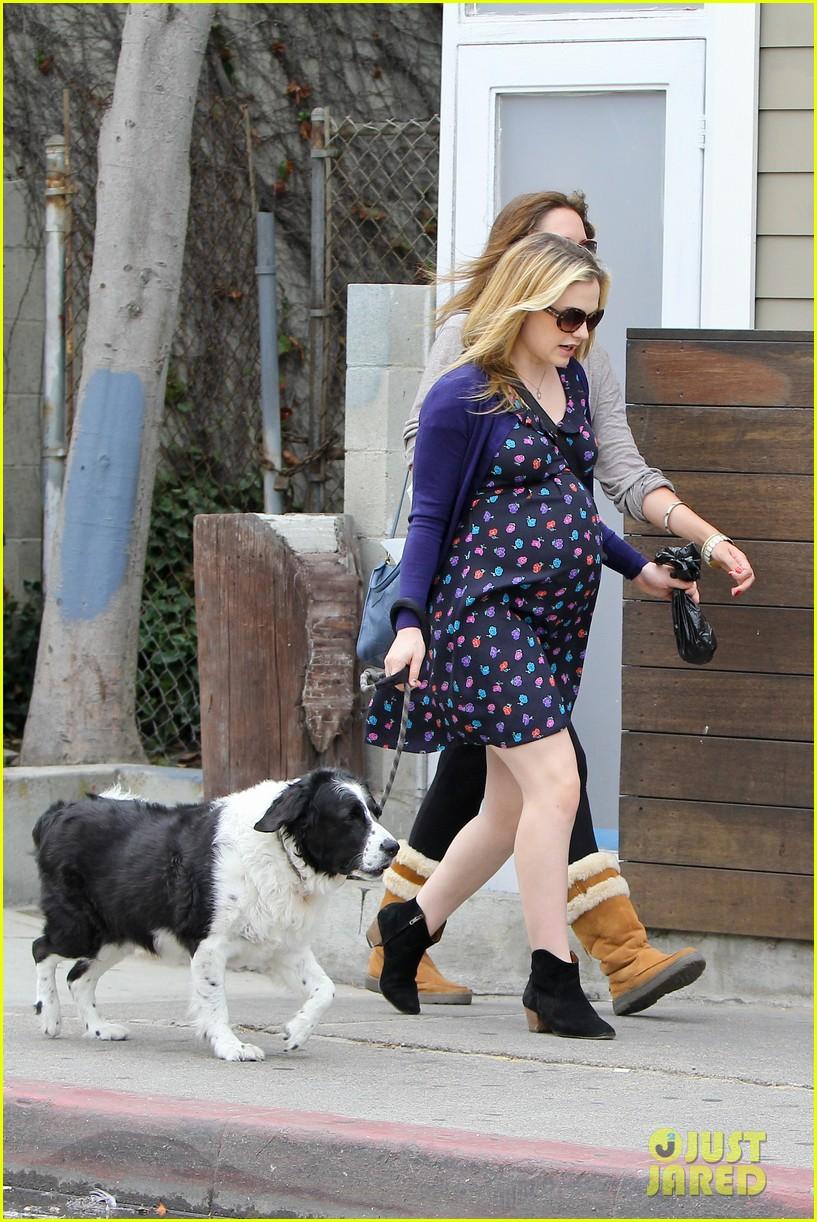 paquin dog walk 01