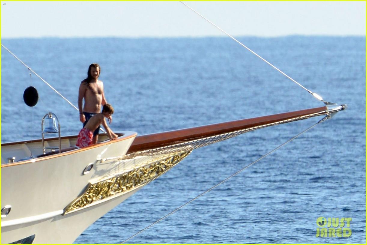 vanessa paradis paddleboarding with jack 26