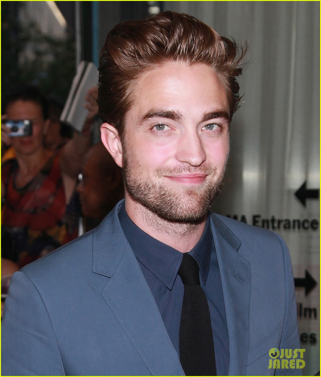 robert pattinson cosmopolis premiere first pics 042701714