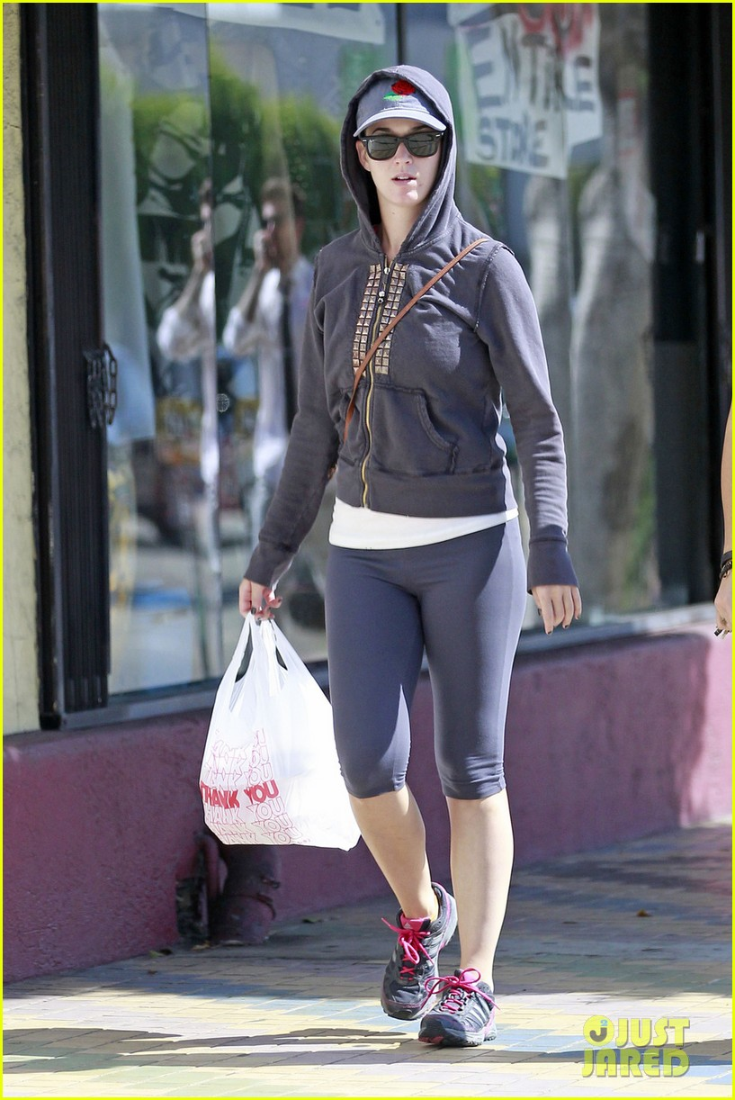 katy perry vintage clothing store 05